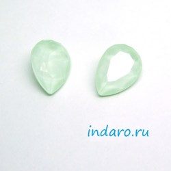 Капля Swarovski 4320 Powder Green unf